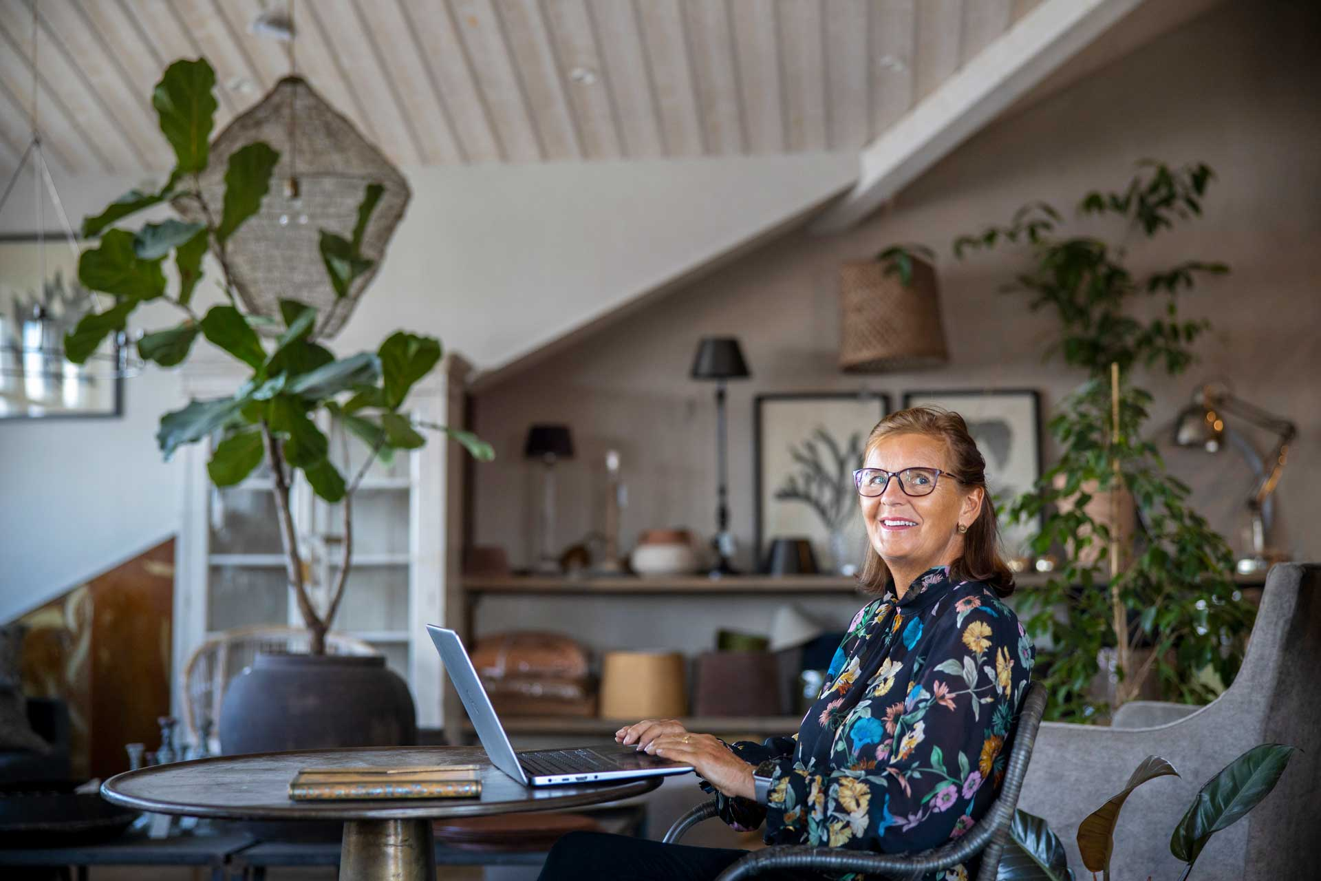 Ann-Sofie i cafémiljö